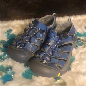 Keen sandals 1 (3355)